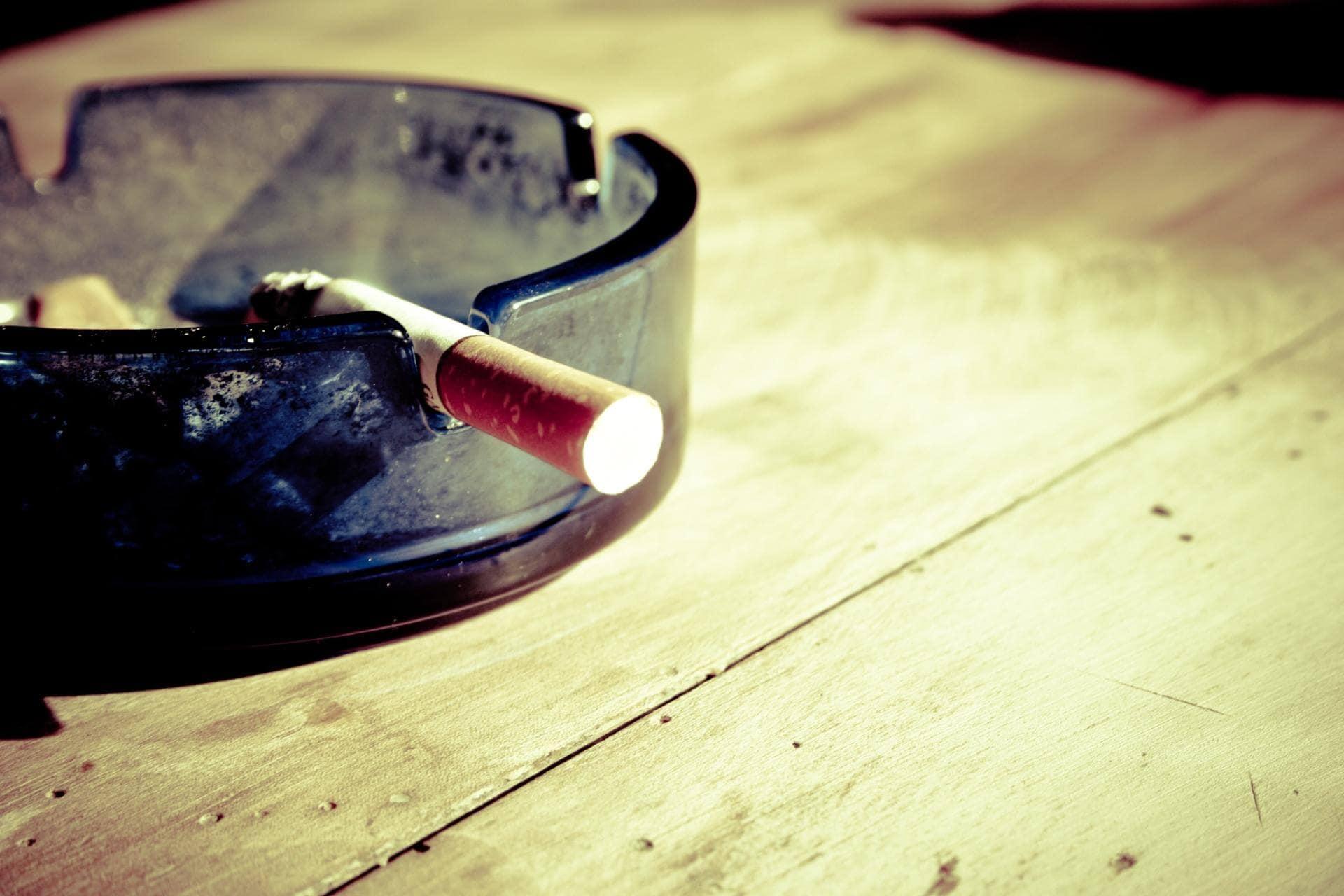 sikeres leszokási történetek a dohányzás csökkenti a fogfájást